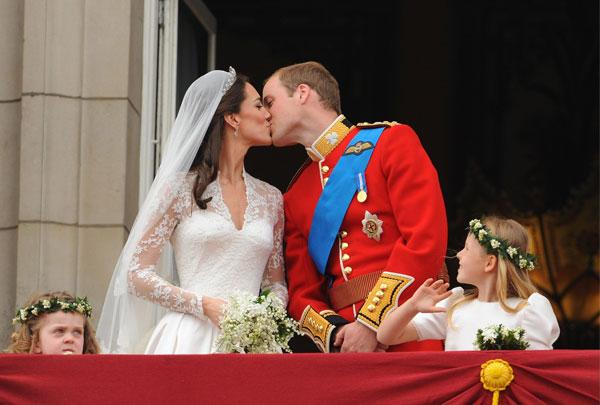 Кейт и Уилям празнуват девет години от сватбата. А как започна всичко?